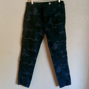 Gap blue camoflouge pants with pockets size8